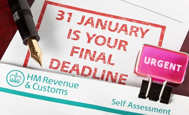 Tax Return Deadline Graphic
